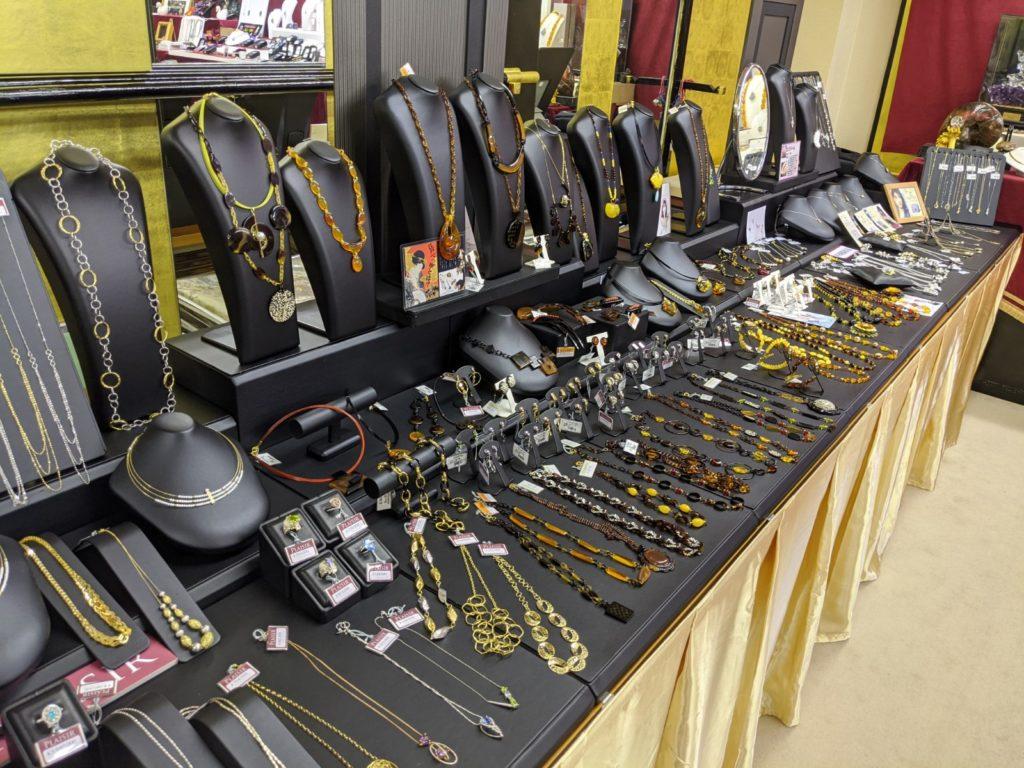 宝石の展示会